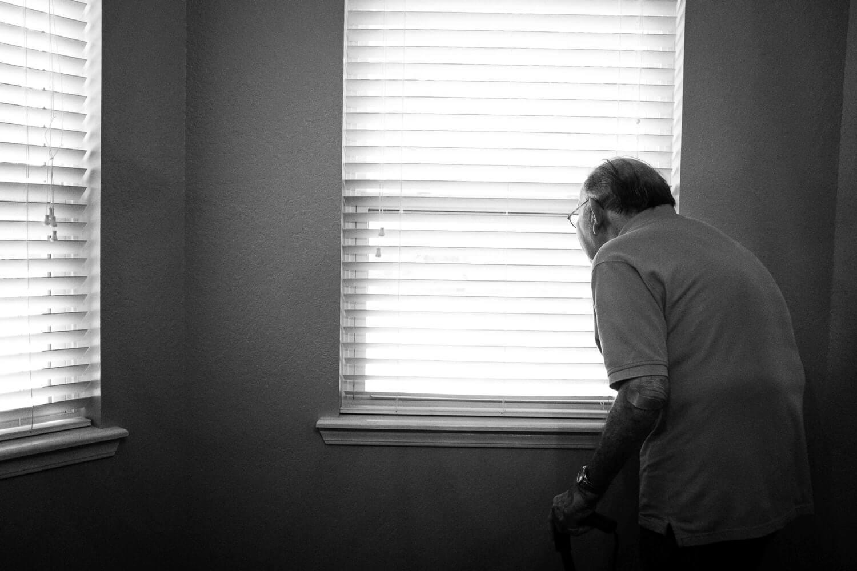 Deda kršio samoizolaciju i sada mu prijeti kazna od 15.000 kuna!