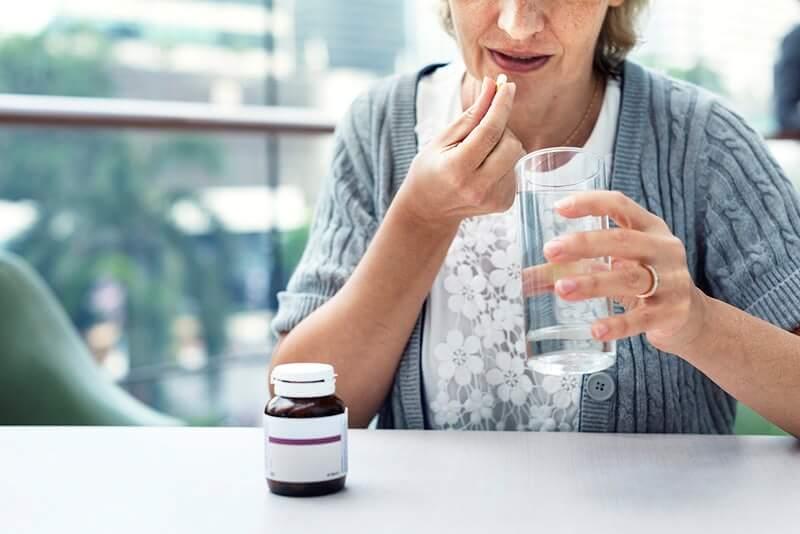 Hrvati u pandemiji kupuju enormnu količinu lijekova protiv bolova, temperature, ali i za smirenje