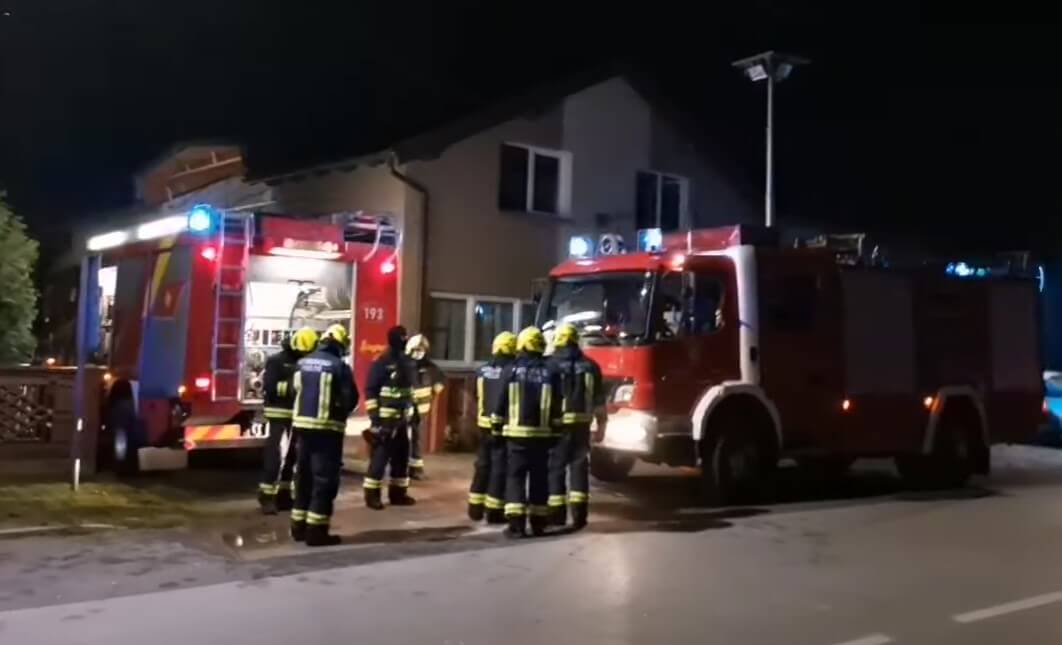 Požar u domu za starije: Vatrogasci kombijima evakuirali 17 korisnika!