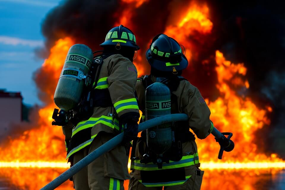 U stravičnom požaru u domu umirovljenika poginulo 11 osoba!