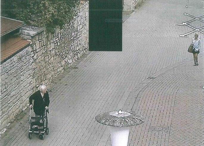 Policija objavila snimku pljačke: Umirovljenica mislila da 13.000 eura daje unuku u nevolji