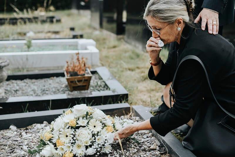 Smrtnost u pandemiji: Broj umrlih drastično skočio u samo jednom mjesecu!