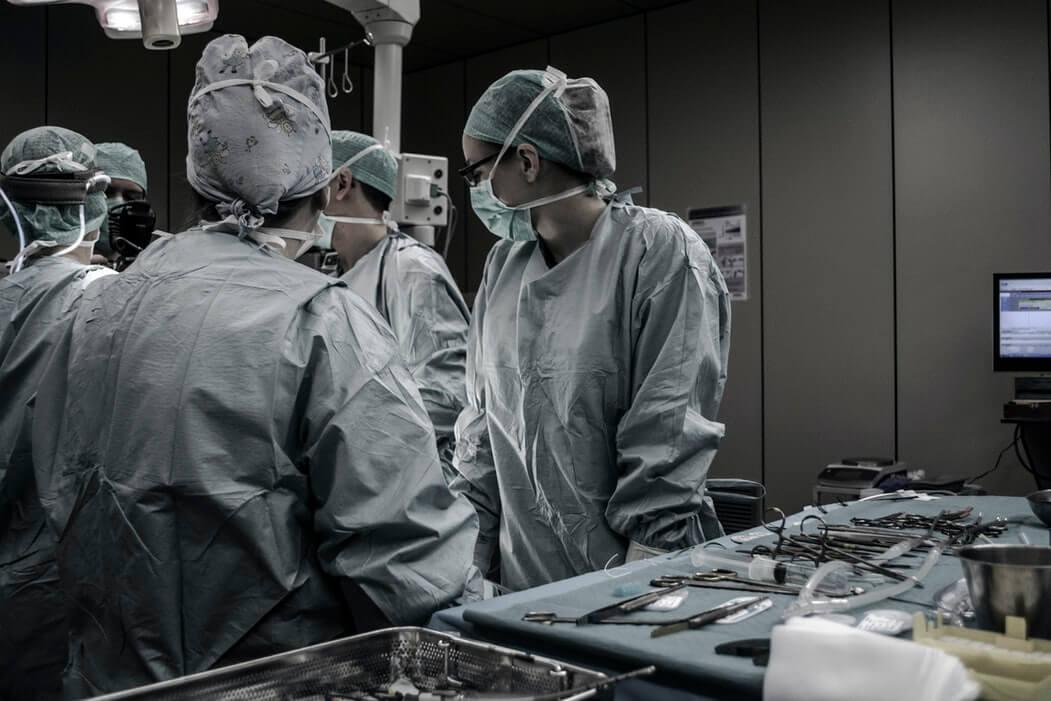 Tragična nesreća: Umirovljeniku (82) tijekom operacije amputirali krivu nogu