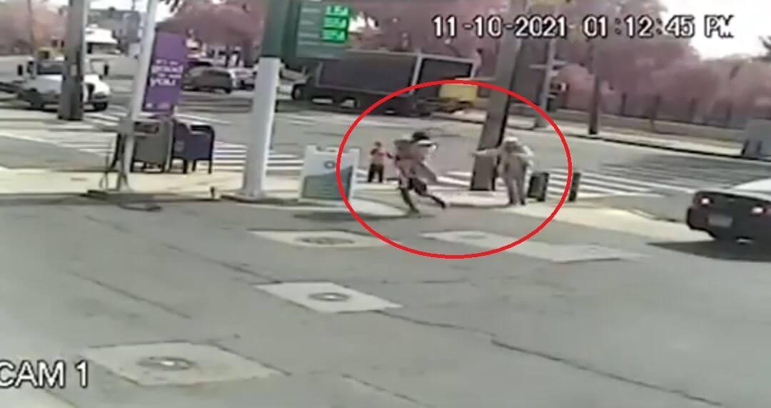 [VIDEO] Horor za baku: Beskućnik joj oteo unuku usred bijela dana i dao se u bijeg, uhićen je