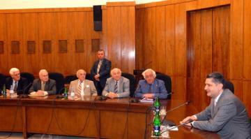 Seated, from left, Vartan Ouzounian, England; Edmond Azadian, US; Panos Titizian, US; Dr. Arshavir Gundjian, Canada; Hagop Avedikian, Armenia and Prime Minister Tigran Sargisian