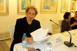 Peter Balakian getting ready for the reading.