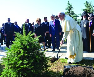 The Pope plants a tree at the Armenian Genocide Museum and Memorial