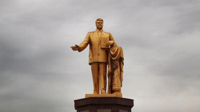 P9152244 Turkmenistan, Asia central, turkmenabasi, nizayov