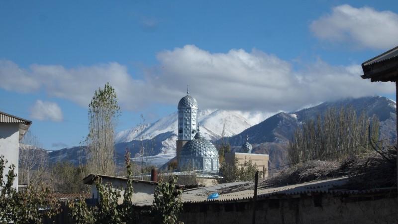 PA254422 Kyrgyzstan, Kirguistán, Central Asia, ruta seda, silk road, Issyk-Köl, Tamchy, Altyn Arashan