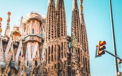 Kinh nghiem du lich Barcelona moi nhat 2019_thumb
