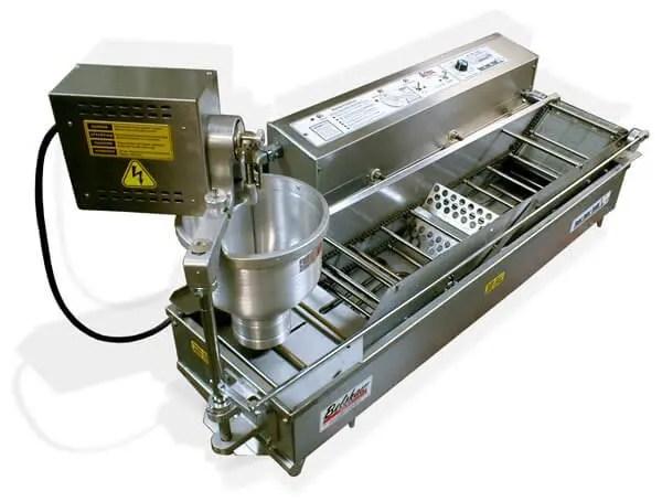 automated doughnut restaurant kitchen deep fat fryer with dough dispenser