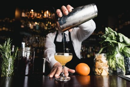 alcoholic bar drinks