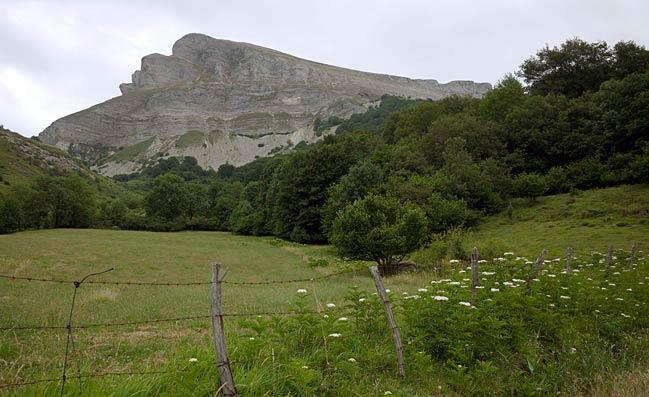 Monte Ihurbain desde Unanu ©Fernandipides