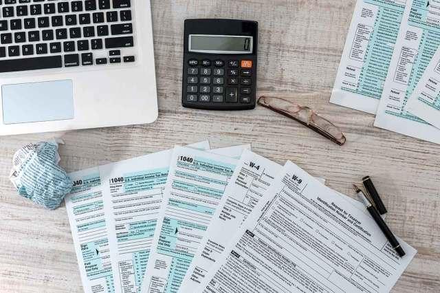 Si aplazó impuestos, tenga en cuenta cuándo deberá pagarlos