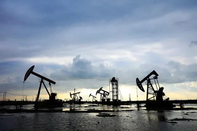 Tres afectaciones que tendrá Colombia por la caída del petróleo