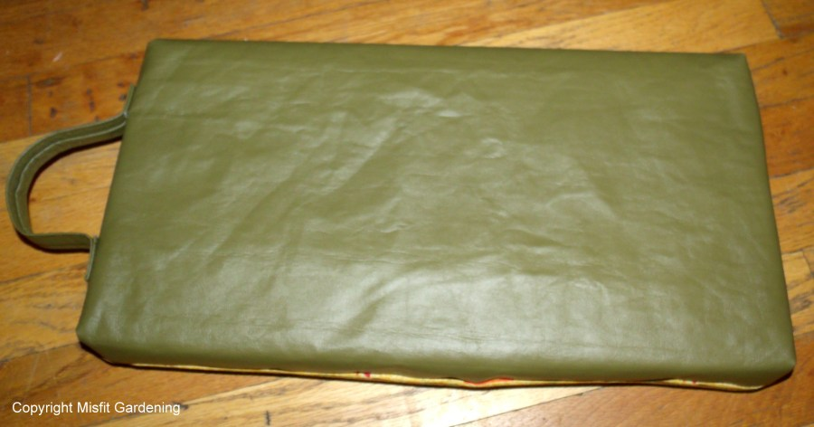 vinyl back of kneeling pad