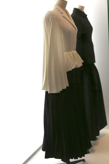Nu in Parijs: expositie 'Christion Dior, couturier du rêve'