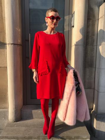 Rood, de lievelingskleur van deze vrouwen