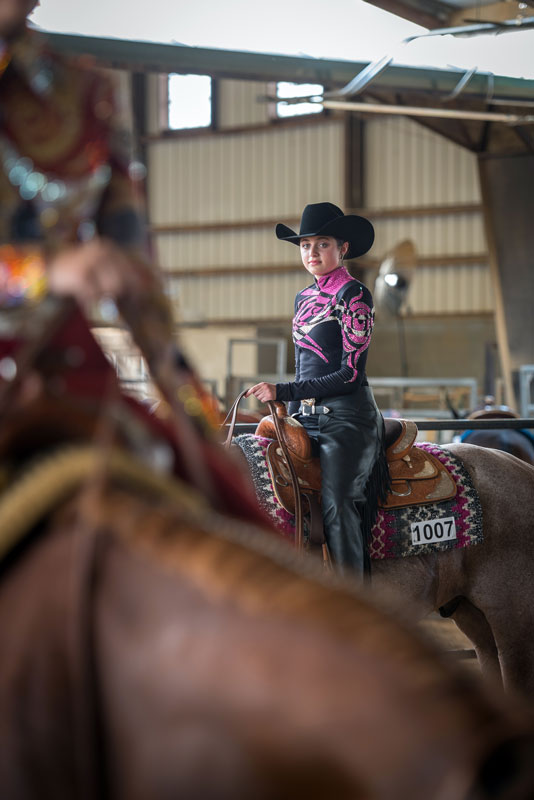 JF19Horses_CowgirlPink