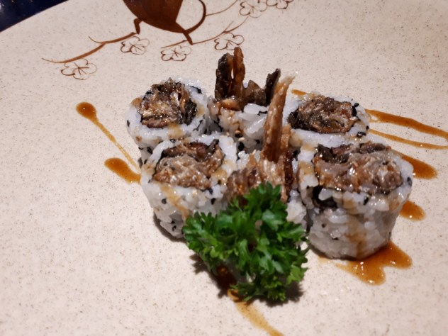 Grilled Salmon Skin Roll