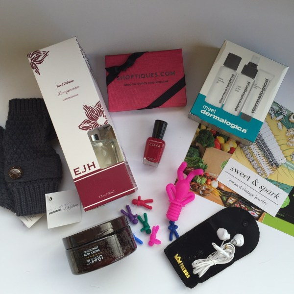A Look into the Winter Fab Fit Fun Box.