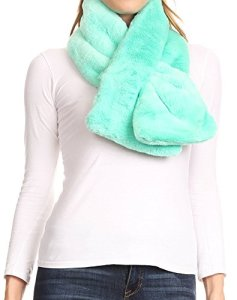 Sakkas 16112 – Malen Long Rectangle Faux Fur Warm Soft Furry Wrap Around Loophole Scarf – Vert – OS