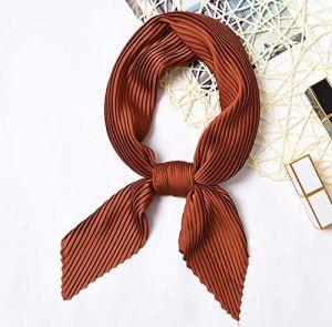 MINMINA Foulard carré pour Les Femmes, Les Femmes Bandana, Mode Haute qualité Multifonction Smooth55 * 55cm,Marron