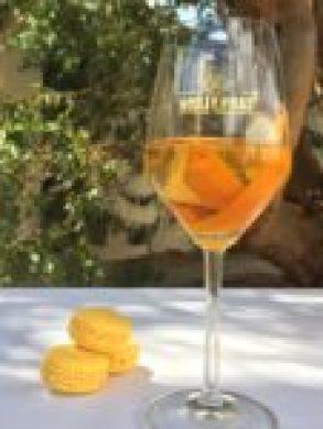 Noilly Prat Marseillan étang de thau martini bacardi vermouth macarons spritz