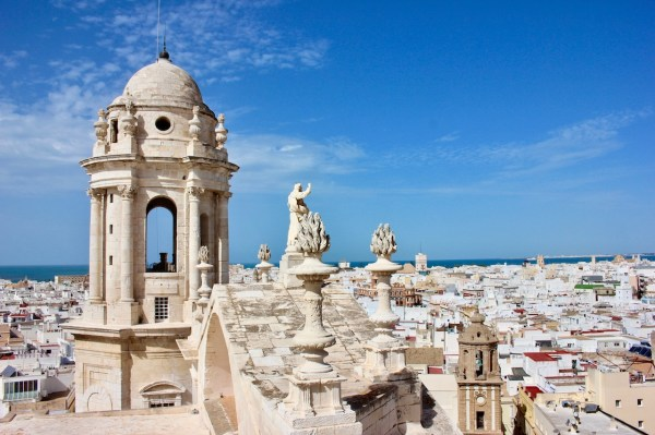 Cool In Diz Spain' Oldest City - Adventures