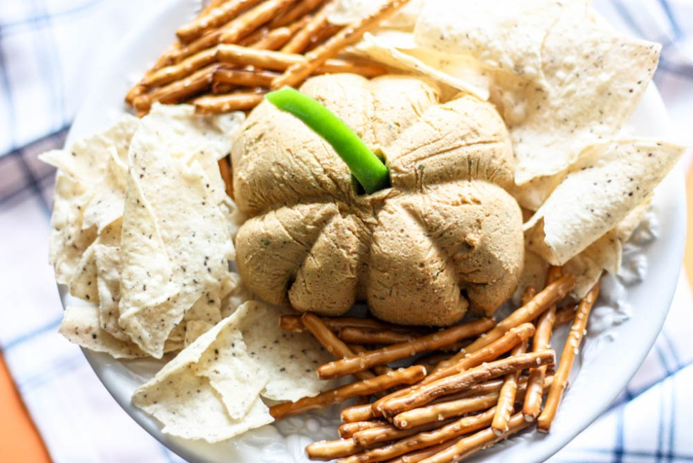 Pumpkin Shaped Southwest Cashew Cheese Ball