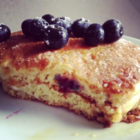 Blueberries pancakes (2)
