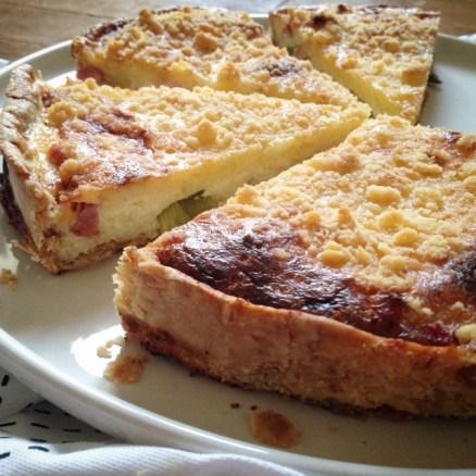 Tarte poireaux lardons crumble parmesan (2)