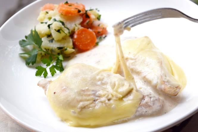 melted cheese cheesy chicken