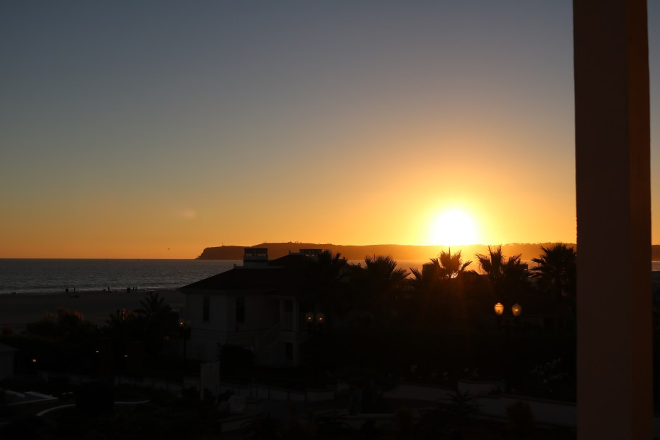 missecalwell_hotel_del_coronado_san_diego_sunset