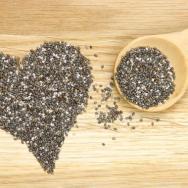 """Chia-Samen: Ebenfalls ein """"neues"""" Superfood.Im Schnitt enthalten die Chia-Körner doppelt so viel Proteine wie andere Samen oder Getreidesorten und liefern überdies jede Menge Omega-3-Fettsäuren. Zudem ist der Kalium-Anteil fast doppelt so hoch wie in Bananen und der Eisen-Anteil dreimal so groß wie bei Spinat. (c) Fotolia"""
