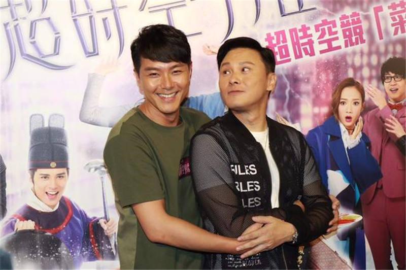 TVB藝人集體曬「童顏」相,但蕭正楠發完老婆張相就畀網友催生   香港小姐新聞