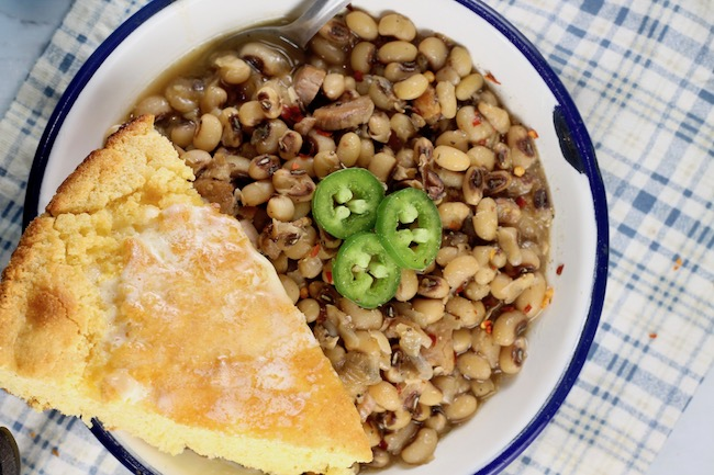 Buttery Skillet Cornbread with black eyed peas
