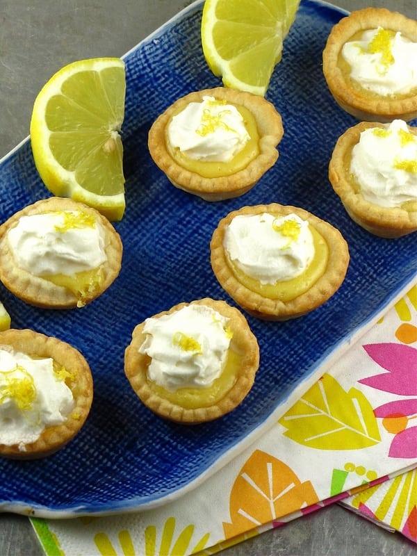 Mini Lemon Pies | MIssinthekitchen.com
