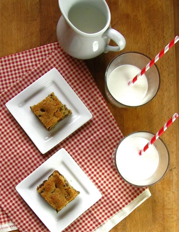 Chocolate Chip Turtle Cookie Bars - Miss in the Kitchen
