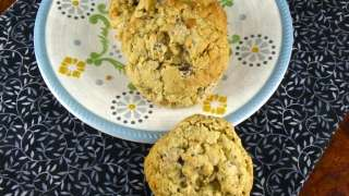 Oatmeal Double Chip Cookies