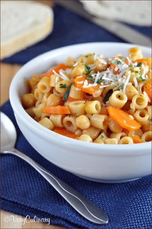Pasta-e-Ceci_vertical_blog