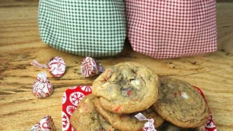 Peppermint Kiss & Chocolate Chip Cookies {2013 Food Blogger Cookie Swap}