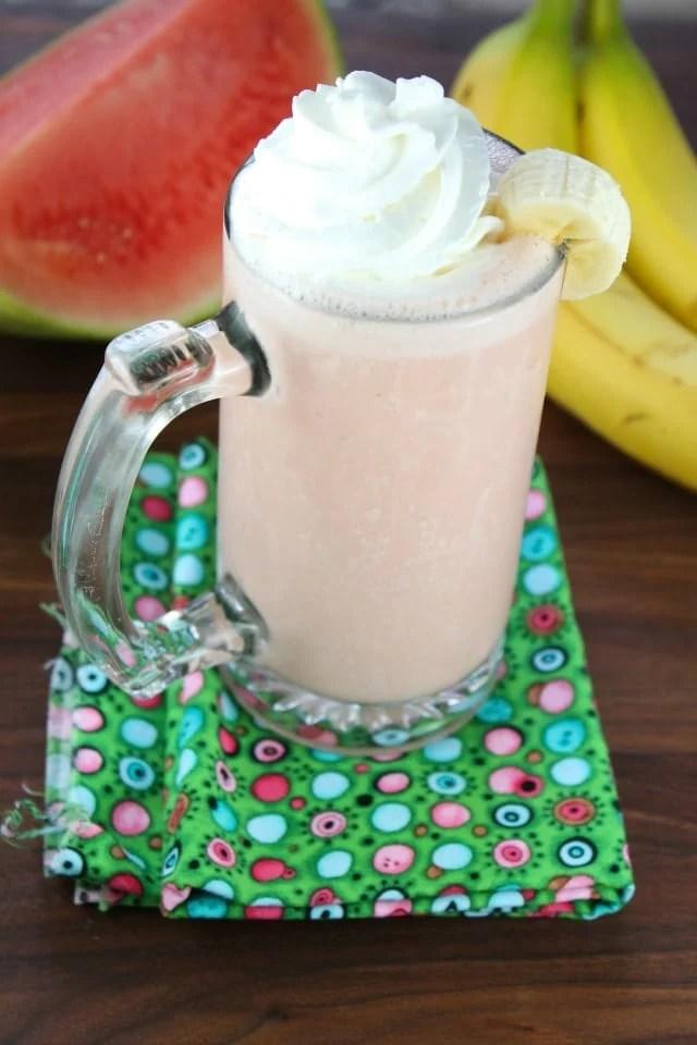 Banana Watermelon Smoothie from missinthekitchen.com #recipe