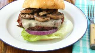 Gourmet Burgers with Red Wine Braised Mushrooms