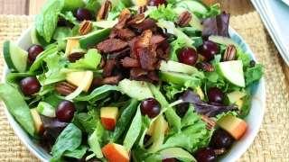 Balsamic Bacon and Pecan Summer Salad