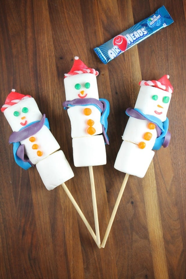 Airheads Snowmen from Miss in the Kitchen ~Fun and Easy Edible Craft