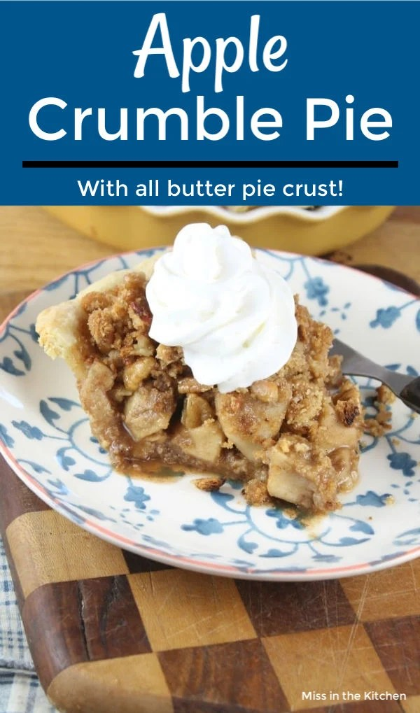 Apple Crumble Pie with text overlay