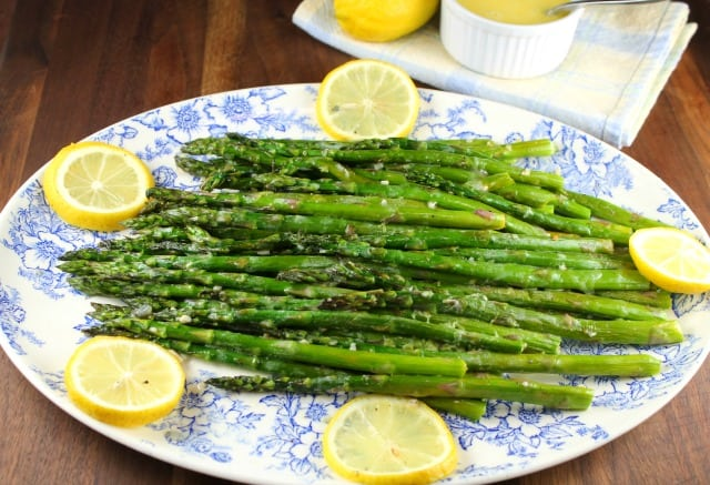 Garlic Roasted Asparagus from MissintheKitchen.com