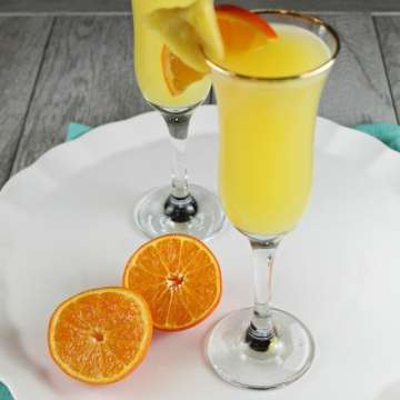 Pineapple Mimosa Cocktail Recipe ~ MissintheKitchen.com