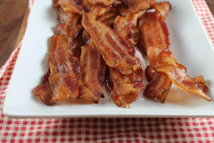 Crisp bacon slices